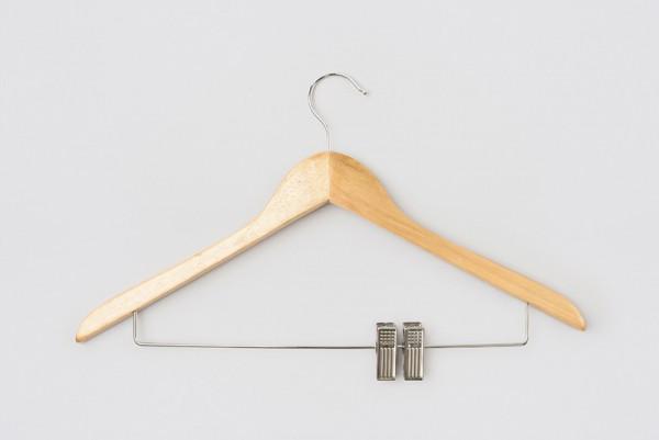 Kleiderbügel Aus Holz Mit Haken Und Clipsteg